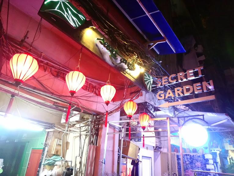 オシャレなレストラン「Secret Garden」
