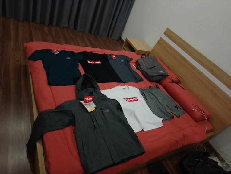 ロシアンマーケットで購入した洋服やカバン